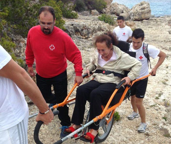 147 personas con movilidad reducida disfrutan de los espacios naturales de Mallorca