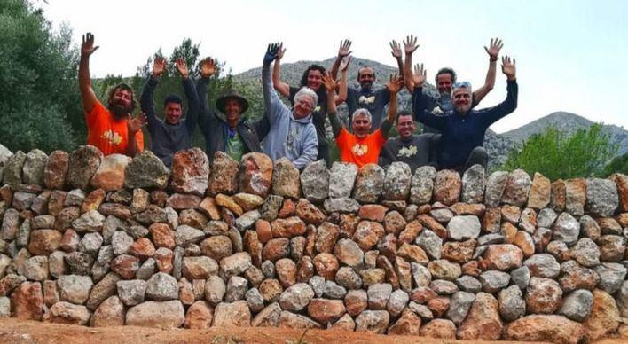 La finca de Galatzó acoge el primer taller de restauración de 'marges'