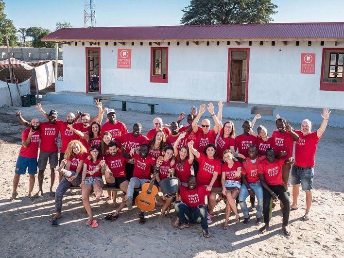 Dentistas Sobre Ruedas gana la beca viaje de Apib dotada con 650 euros