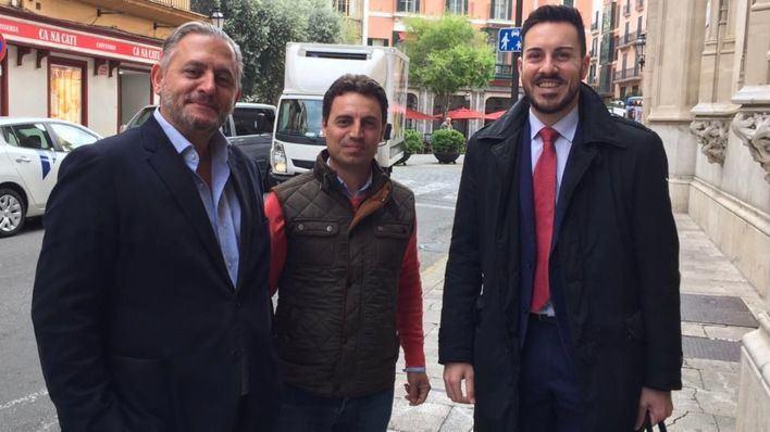 El Consell aprueba una moción de defensa de las modalidades insulares del catalán