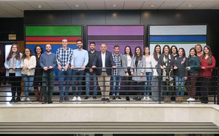 17 jóvenes realizan prácticas en el Ayuntamiento de Calvià