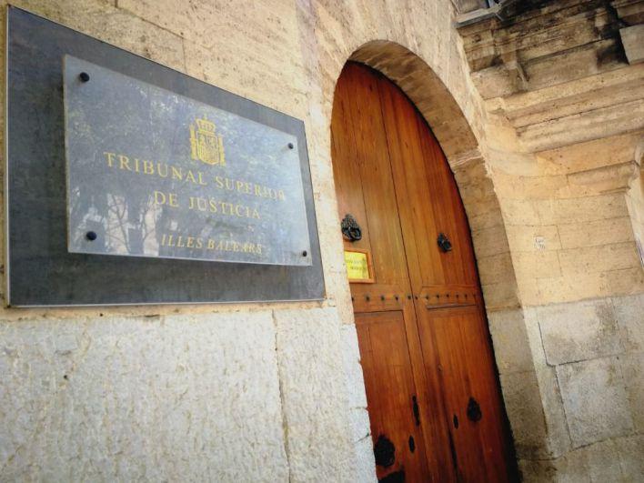 Una menor con discapacidad niega en un juicio en Palma que el acusado abusase de ella