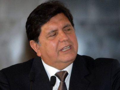 El ex presidente peruano Alan García muere tras dispararse cuando iba a ser detenido