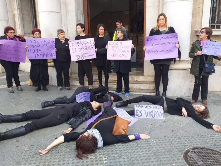 Moviment Feminista de Mallorca pide el voto para la izquierda 'por táctica' aunque reconoce 'decepción'
