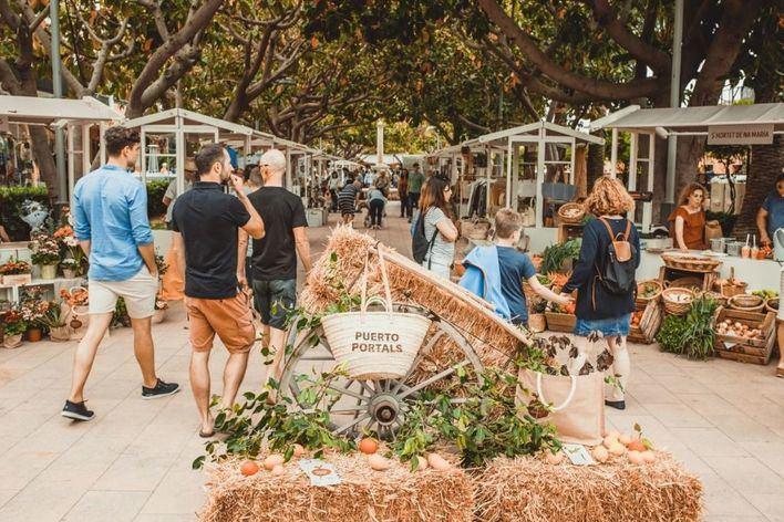 Vuelve el Farmers' Market de Puerto Portals con producto 'cien por cien mallorquín'