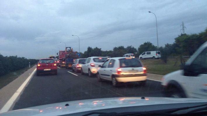 Un accidente en la autopista de Inca deja varios heridos y grandes retenciones de tráfico
