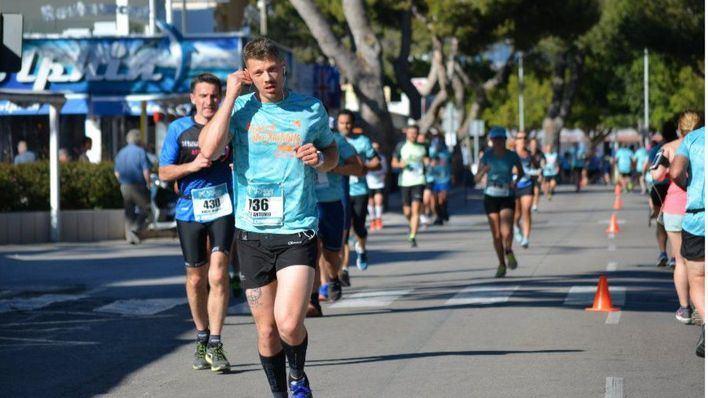 Tougane y Anastasia Contin imponen su ritmo en el Half Marathon Magaluf