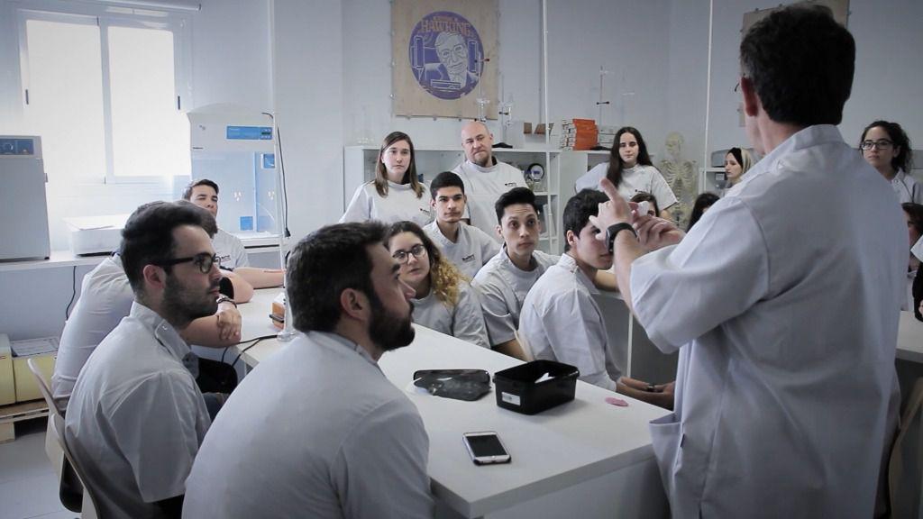 ADEMA reúne en Palma a referentes en odontología de seis universidades europeas