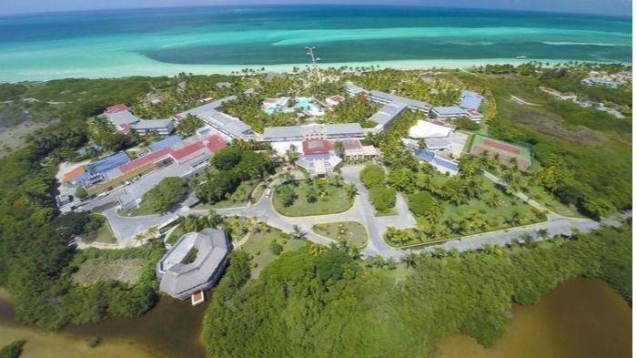 Las cadenas hoteleras baleares se reúnen con Maroto en Cuba