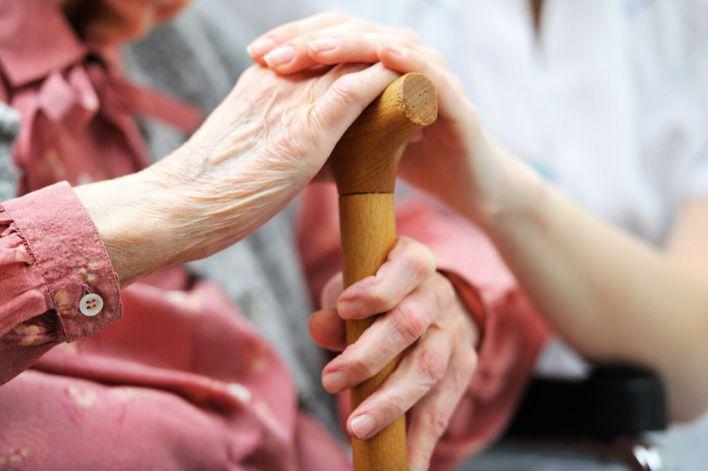 Expertos analizan en Palma la soledad de mayores y dependientes