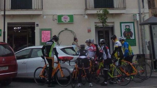 Imagen de archivo de ciclistas en Muro