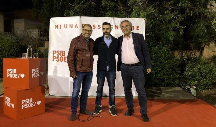 Los socialistas presentan a Andrés Fernández como candidato a Santa María