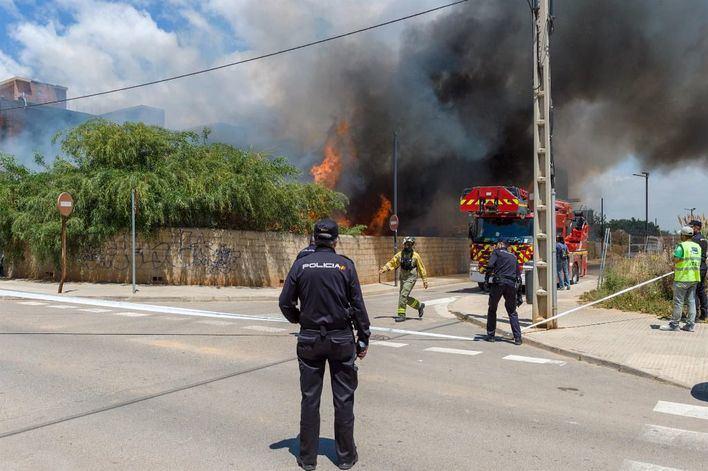 En estado crítico dos de las víctimas del incendio de Ibiza en el que ha muerto una persona