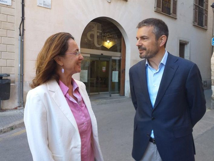 Ciudadanos promete reducir el tramo autonómico del IRPF y bonificar el impuesto de sucesiones