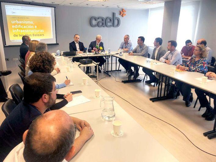 Los constructores de Baleares se unen para consensuar el urbanismo del futuro