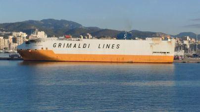 Desactivada la alerta por contaminación marina tras el incendio del Grande Europa