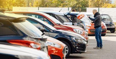 Caen un 10,6 por ciento las ventas de coches usados en Baleares