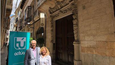 Baltasar Garzón hace campaña en Palma frente al