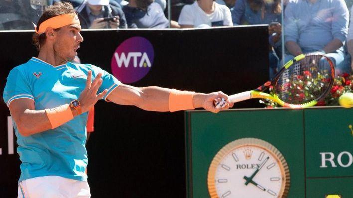 Nadal barre de la pista a Djokovic y gana en Roma