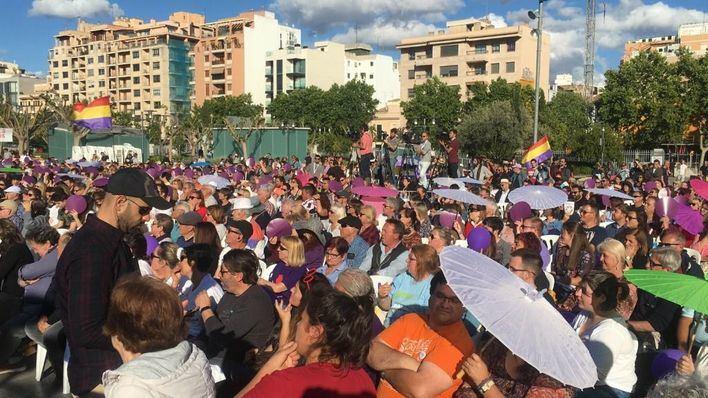 Pablo Iglesias arropa en Palma a los candidatos de Podemos a las próximas elecciones