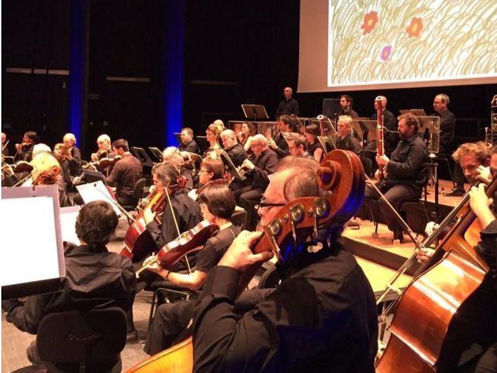 La Sinfónica da un concierto didáctico para alumnos de primaria en Manacor