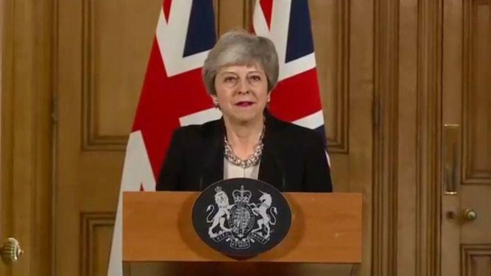 Theresa May cede y deja la puerta abierta a celebrar un segundo referéndum del Brexit