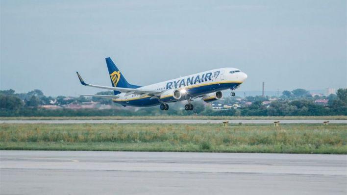 Muere una mujer en el interior de un avión en Son Sant Joan