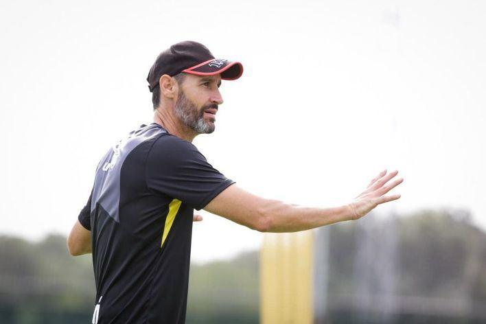 """Vicente Moreno: """"Jugamos contra un Dépor de mucho nivel"""""""