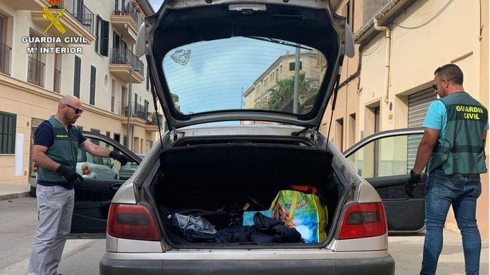 Dos individuos protagonizan una peligrosa huida en coche tras robar a una anciana en Llucmajor