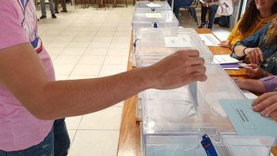 La Junta Electoral de Ibiza procede a recontar los votos para averiguar si el PSIB gana la alcaldía