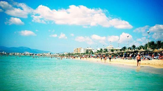 Baleares, la más cara para alquilar un piso en la playa con 1.659 euros por semana