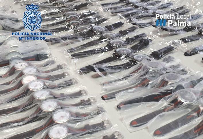 Dos detenidos en Palma con 375 relojes falsificados