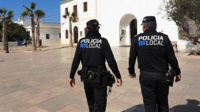 Detenido un turista en Ibiza por agredir a su novia