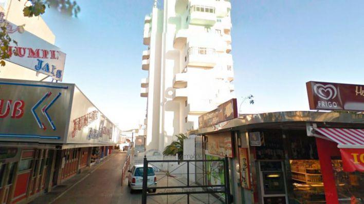 Un joven de 19 años, herido leve tras caer desde siete metros en Magaluf