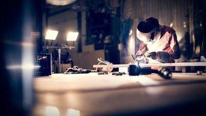 La producción industrial de Baleares cae un 9,8 por ciento