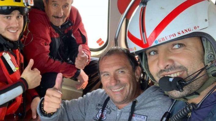 Rescatados los dos tripulantes de un velero que ha sufrido una vía de agua