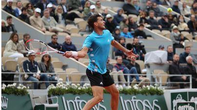 Thiem acaba con Djokovic y se cita con Nadal en la final de Roland Garros