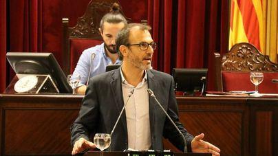 Barceló a Yllanes: 'Habéis pasado del asalto a los cielos a hacer el juego al PSOE. Vais bien.Bufff!!!'