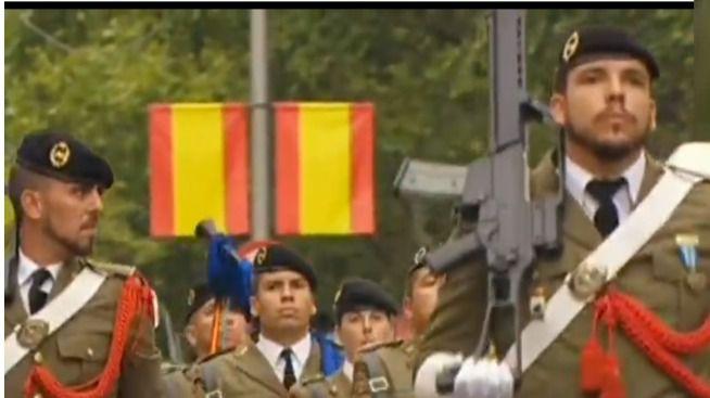 Unos 500 civiles juran este domingo bandera en el Parc de la Mar