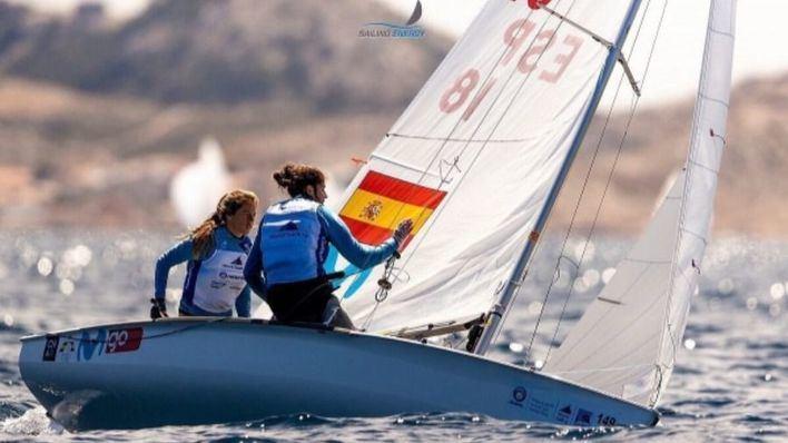 Silvia Mas y Patricia Cantero, terceras en la clase 470 en la Hempel World Cup Series 2019
