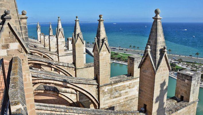 Arte, historia y vistas de lujo de Palma desde las terrazas de la Seu