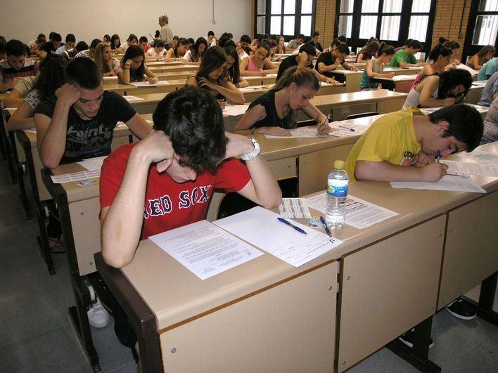Más de 4.200 estudiantes de Baleares se examinan de la selectividad