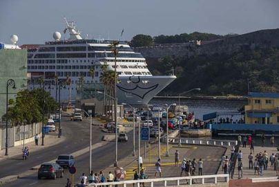El sector empresarial de Mallorca en contra de limitar la llegada de turistas de crucero
