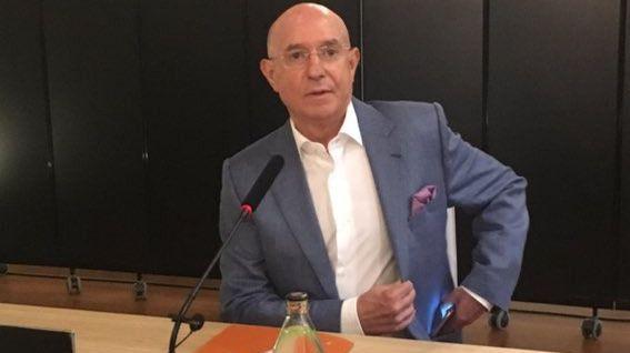 Serra Ferrer abandona el Betis aunque no descarta 'una cuarta etapa'