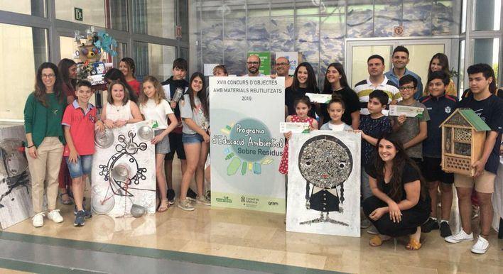 Los llamativos objetos hechos con materiales reciclados por escolares de Mallorca