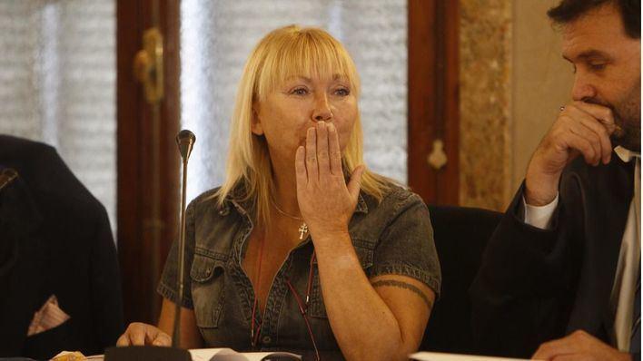 Se retoma el juicio contra la acusada de mutilar a su marido y dárselo de comer a los perros
