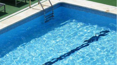Muere una niña ahogada en una piscina particular