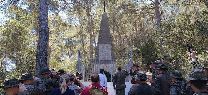 La Comandancia General de Baleares rinde homenaje en Cabrera a prisioneros franceses