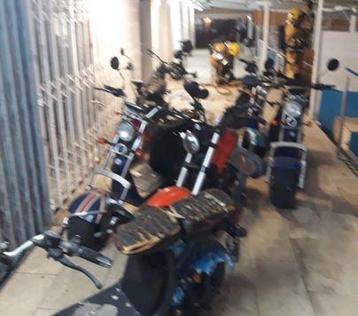Alarma en Playa de Palma por el incendio en un local de motos eléctricas