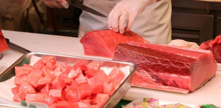 El ronqueo del atún rojo de almadraba se vive en directo en El Corte Inglés de Avenidas